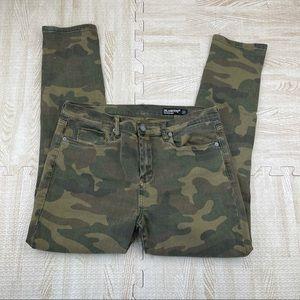 BlankNYC Green Cammo Reade Crop Denim Jeans